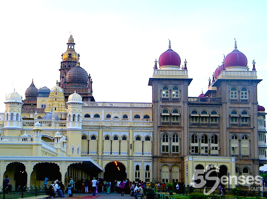 Palaces & Museums of Mysore