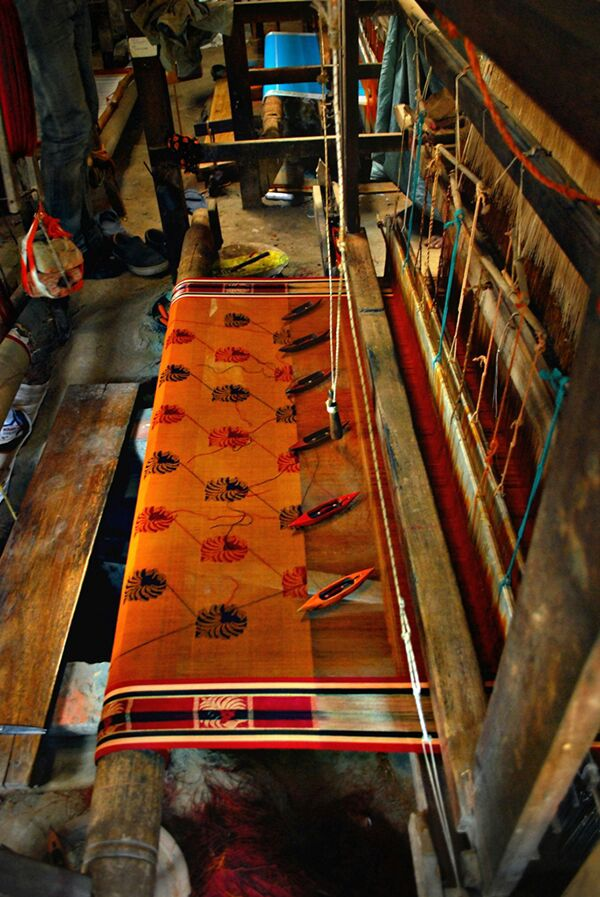 The magical weavers of Dhaniakhali sarees