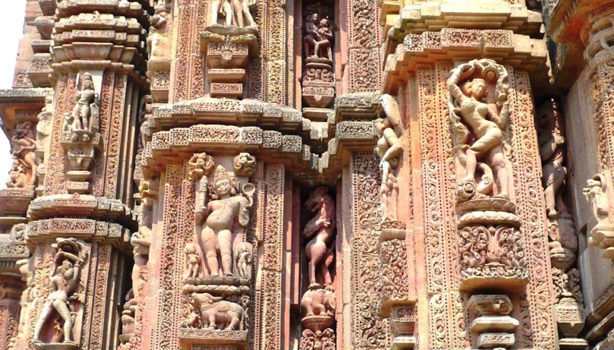 Rajarani motifs